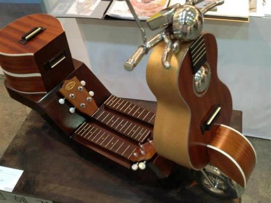 Ukulele Scooter